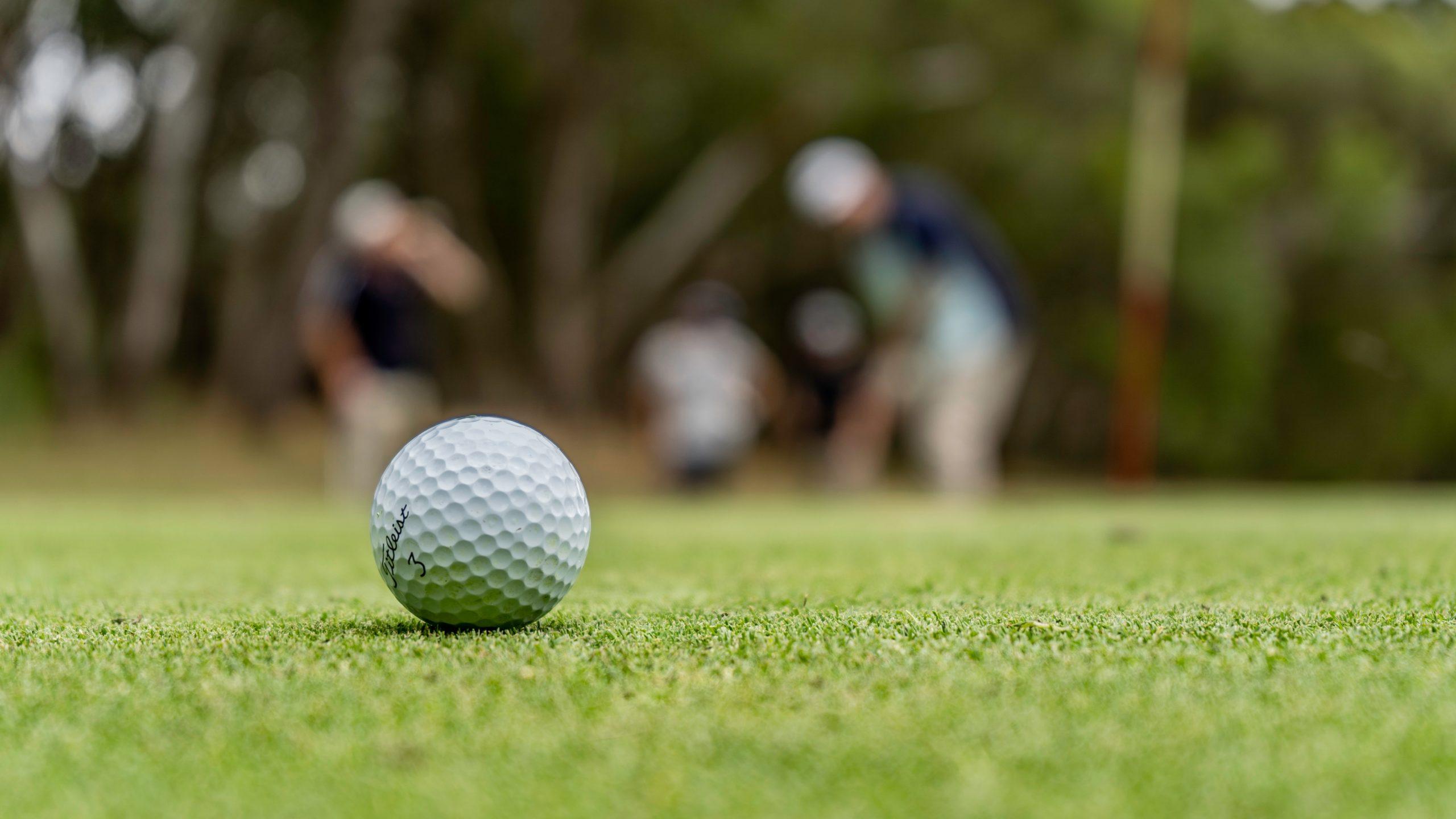 Peter Prins van PRINS Schoonmaakdiensten winnaar SV Spakenburg Open Golf 2021