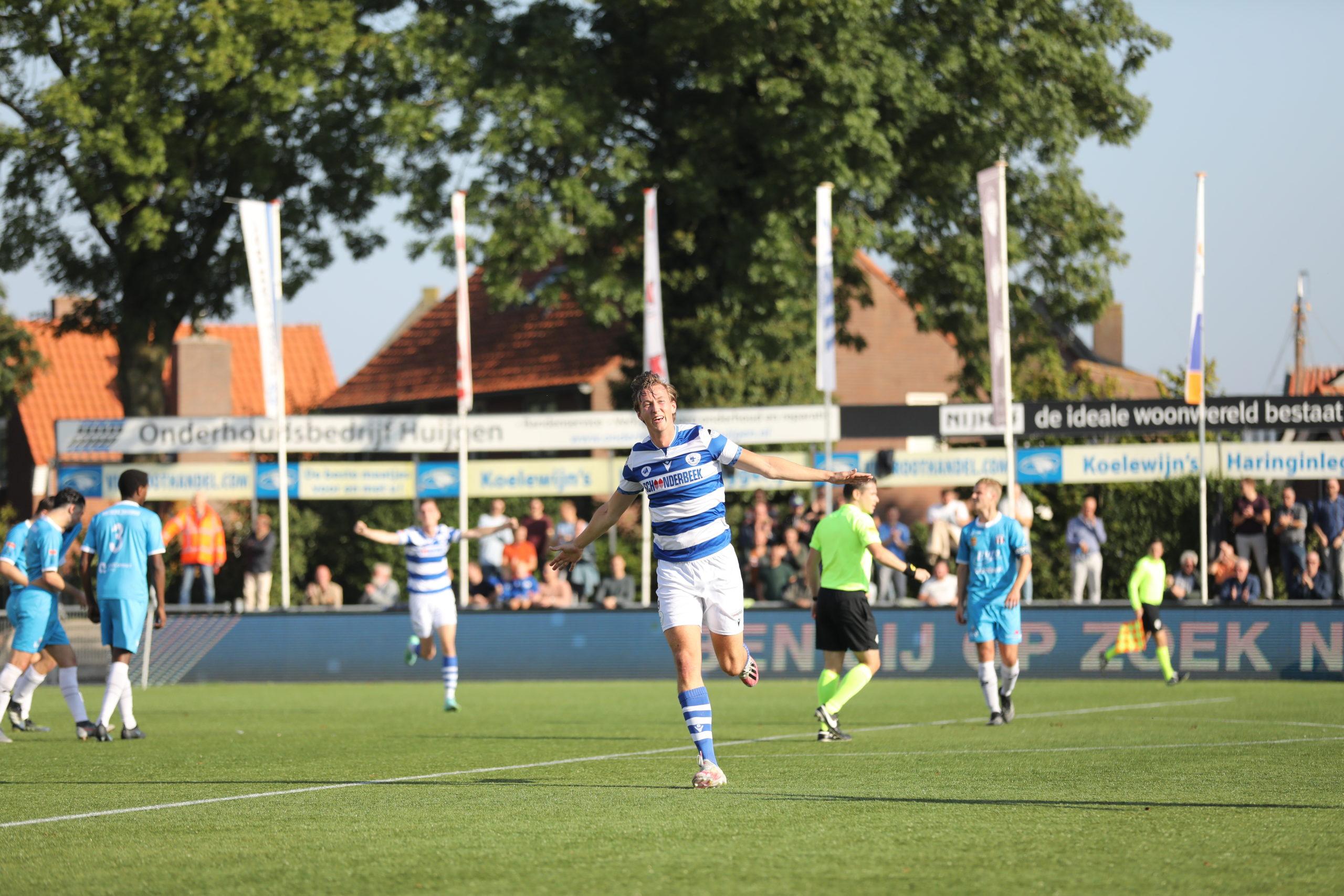 Goalgetter Floris van der Linden verlengt contract
